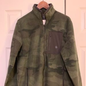 A&F Male Fleece ZIP up sweater, military print NW